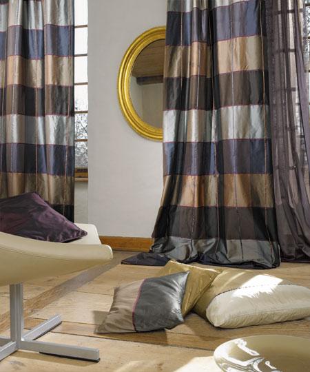 http://www.vandenbroekmeubelen.nl/wp-content/uploads/2011/12/zijde-stoffen-gr.jpg