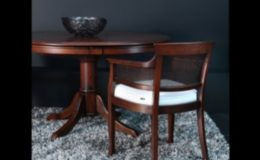 monet-stoel-armstoel-tafel